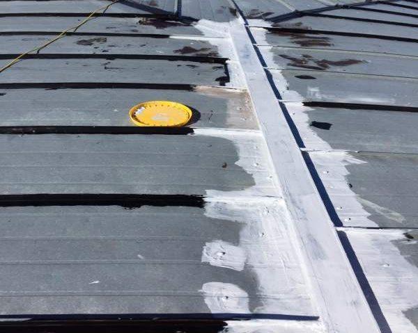 הזנחת הגג בבניין משותף